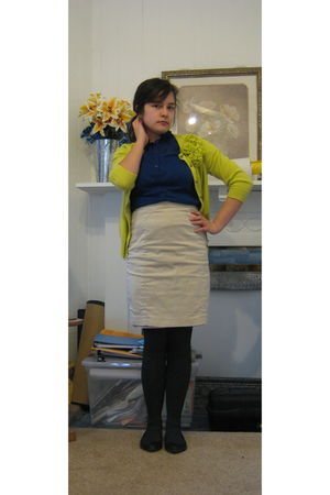 beige Express skirt - gray HUE tights - black Target shoes - blue The Limited bl