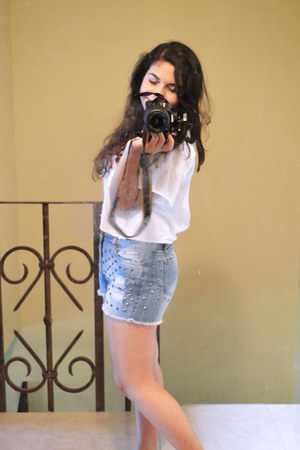 cotton DIY t-shirt - high waisted Forever 21 shorts