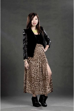 black Oxygen bodysuit - brown sheer leopard random brand skirt