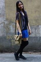 Zara skirt - BOSSINO bag - Tomato top