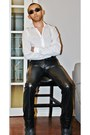 Black-leather-boots-white-slim-fit-shirt-shirt-black-sunglasses