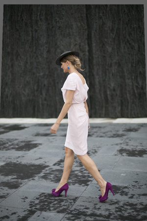 BohoChic hat - mascaró shoes - Lapavana brand dress