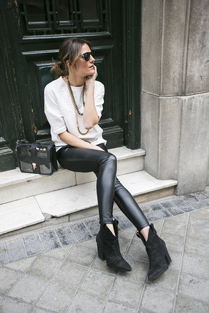 elena estaun necklace - Zara leggings - & other stories bag - Diesel sunglasses