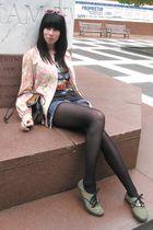 blue Seven shorts - pink vintage top - black vintage t-shirt - silver Urban Outf