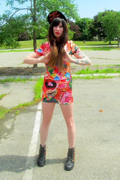 black flame Harley Davidson boots - bubble gum ring pop free style xtreme dress