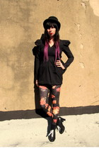 black lace up vintage shoes - black floral Urban Outfitters leggings