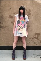 light pink vintage Mickey Mouse shirt