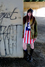 Camo-urban-outfitters-jacket-flag-wu-tang-shirt