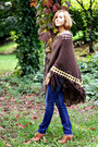 Dark-brown-fringe-oasis-bag-navy-uniqlo-jeans