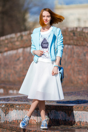 style moi jacket - Chicwish skirt