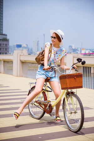 6ks shorts - zeroUV sunglasses - Choies sandals - 6ks top