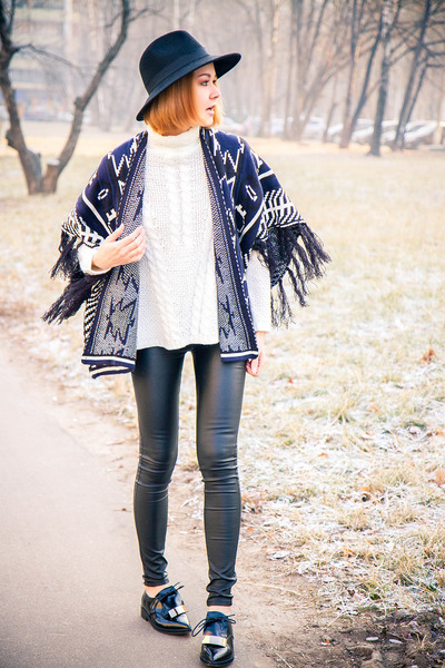 Sheinside coat - GINA TRICOT sweater - Yoins loafers
