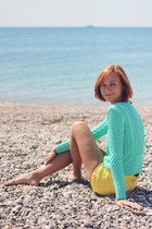 aquamarine mint knit and cute sweater - yellow H&M shorts