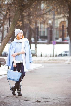 suecommabonnie boots - Zarina coat - MARC CAIN pants