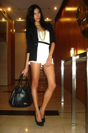 Paperbag Vintage blazer - bag - Topshop shorts - Claires necklace - random top -