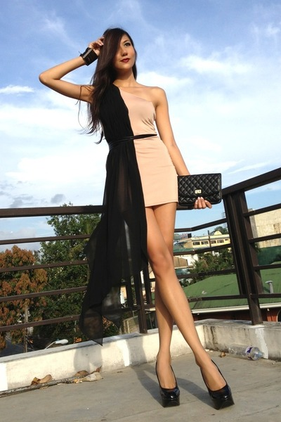 black random bag - tan my brand dress - black janilyn pumps