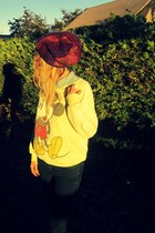 crimson knit handmade hat - light yellow mickey mouse Retro sweatshirt
