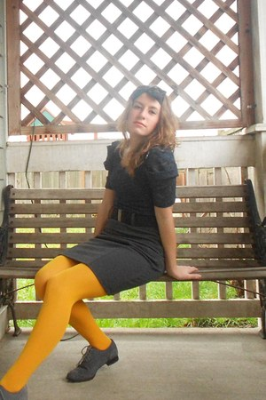 mustard tights - shoes - heather gray pencil skirt shirt - navy blouse