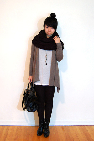 H&amp;M scarf - Costa Blanca sweater - Bedo top - fafa purse - Payless Shoesource bo