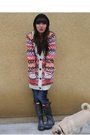 Red-modcloth-sweater-blue-hudson-jeans-black-hunter-boots-purple-forever-2