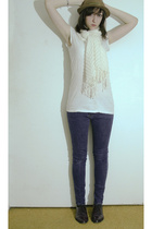 H&M shirt - H&M scarf - jeans - thrift shoes - thrift hat