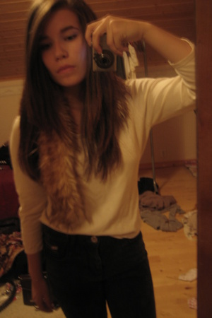 dunno  blouse - H&M scarf - Topshop jeans