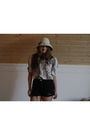 Black-urban-outfitters-shorts-white-forever-new-shirt-beige-2nd-hand-hat