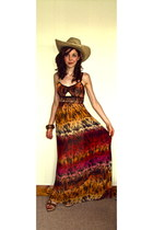 maxi Miso dress - straw Visit Scotland hat - tan leather new look wedges