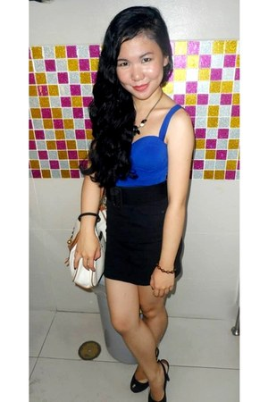 black bandage skirt - white bag - black sling-back heels - blue corset top