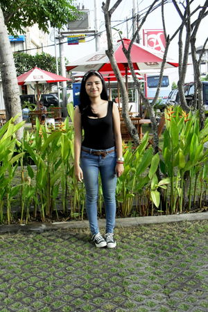 black Mango top - blue dsquare jeans - black Converse shoes - local boutique sca
