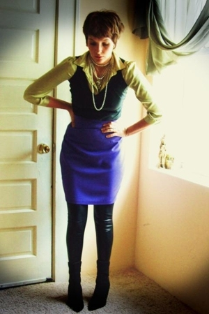 blouse - blouse - vintage clothes circuit skirt - leggings - boots