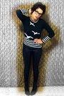 Black-harbor-district-vintage-sweater-black-rue-21-leggings-qupid-boots