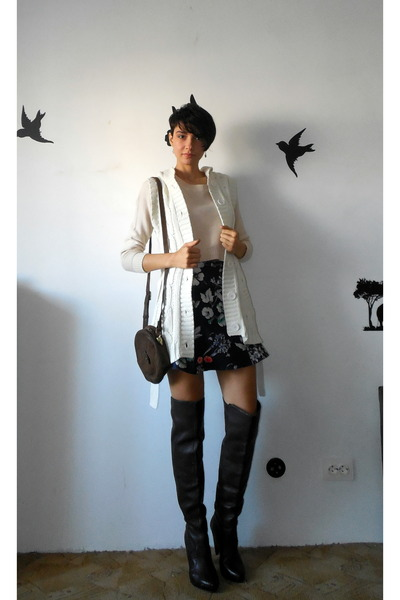 Dark Brown Over The Knee Zara Boots Eggshell Crop Top H&ampM Divided