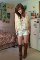 brown thrift boots - white f21 shorts - light pink Lux top - eggshell faux fur v