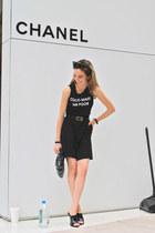 black vintage Chanel belt - black unknown shirt - black Zara shorts