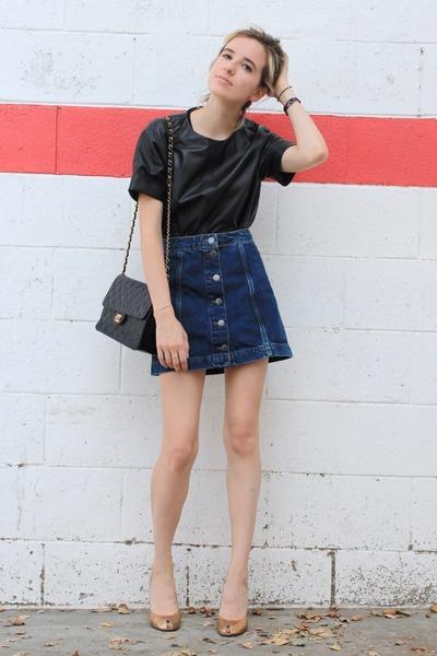 black leather Viparo top - black vintage Chanel bag - gold vintage YSL pumps