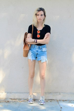 tawny backpack Radley bag - light blue denim shorts Levis shorts