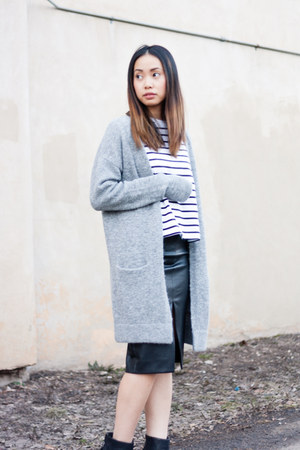 leather Rag and Bone shoes - wool Wilfred Free sweater - cotton community shirt