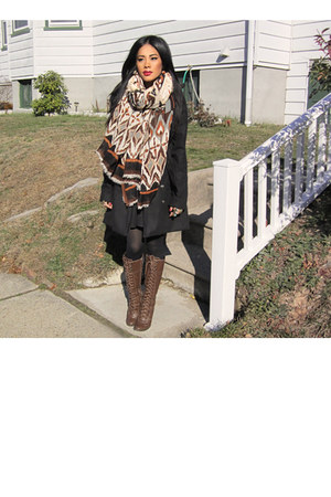 black double breast Wetseal coat - brown H&M scarf
