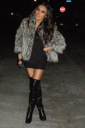 black boyfriends vintage shirt - black boots - gray 34 sleeve fur Mossimo coat