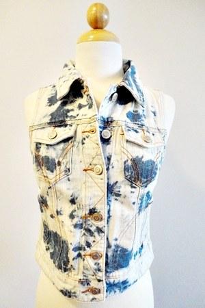 Haute Juncture vest