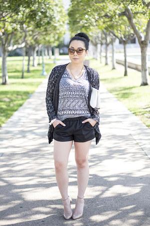 lucca couture t-shirt - Hauskrft bag - Zara shorts