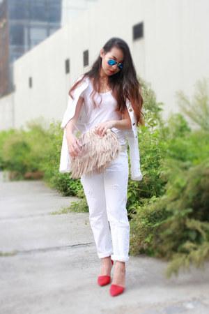 white Gap jacket