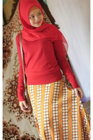 tawny batik unbranded skirt - cream Gosh shoes - red Mango sweater