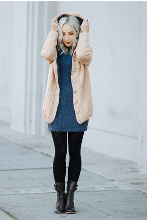 beige cable knit sammydress hoodie