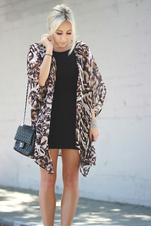 dark brown kimono Angl cardigan - black bodycon Dainty Hooligan dress
