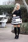 Black-bow-loft-sweater-white-striped-foreign-exchange-skirt