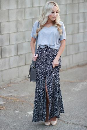 silver oversized Forever 21 t-shirt - dark gray high waisted Angl skirt
