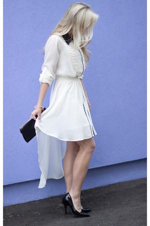 white high-low Triple Thread dress - black heels Steve Madden heels