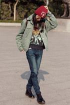 hat - Dr Martens boots - Uniqlo jeans - jacket - H&M sweatshirt